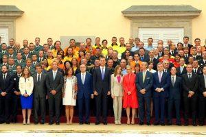 D. Felipe y Dña. Letizia recibieron a una representación de las Fuerzas de Seguridad que colaboraron en los actos de Proclamación como Rey de España