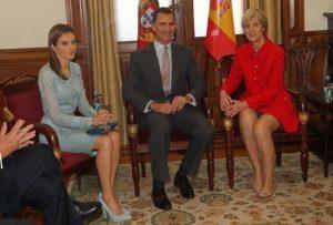 D. Felipe y Dña. Letizia visitaron la Asamblea de la República  y al primer Ministro Portugues
