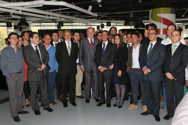 D. Juan Carlos visitó la Academia Wayra/Amérigo de Bogotá