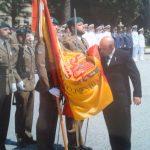El Presidente Local de la Hermandad Nacional Monárquica de España en Llicá del Val, Barcelona, Jura Bandera en el Acuertelamiento «El Bruch»