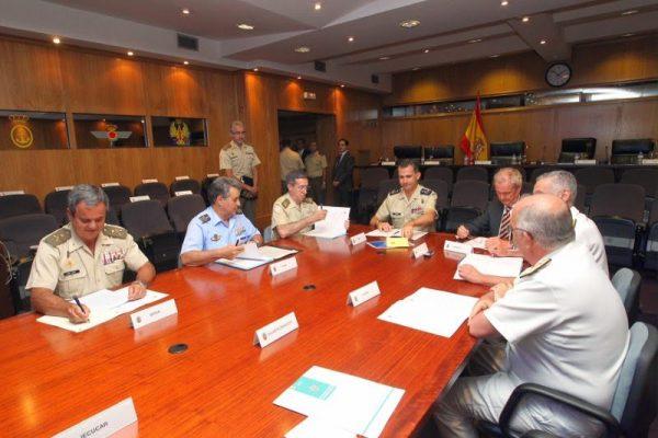 El Rey de España presidió la reunión del Consejo de Jefes de Estado Mayor