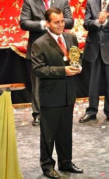 El secretario de la Hermandad Monárquica de España en Baeza, Rafael Perales pregonó las Glorias de Baeza