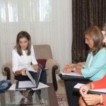 La Reina Letizia recibe en audiencia a la Ministra de Sanidad, Servicios Sociales e Igualdad