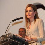 La reina Letizia comenzará su agenda en solitario en 2015