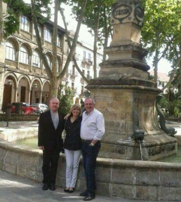 Los Condes D´Asseux de Francia, conocen Andalucía de la mano de la Hermandad Nacional Monárquica