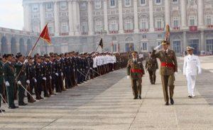 Los Reyes con las Fuerzas Armadas