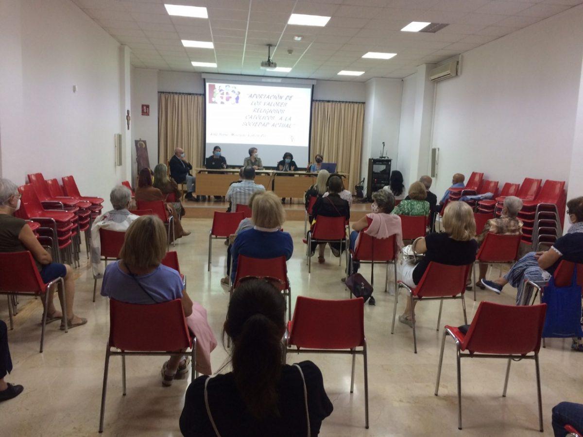 Lee más sobre el artículo Mesa redonda del pasado día 6 en Alicante