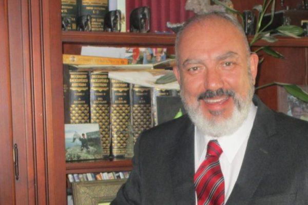Amadeo-Martín Rey y Cabieses: 'El rey no nos administra ni nos gobierna sino que nos representa'