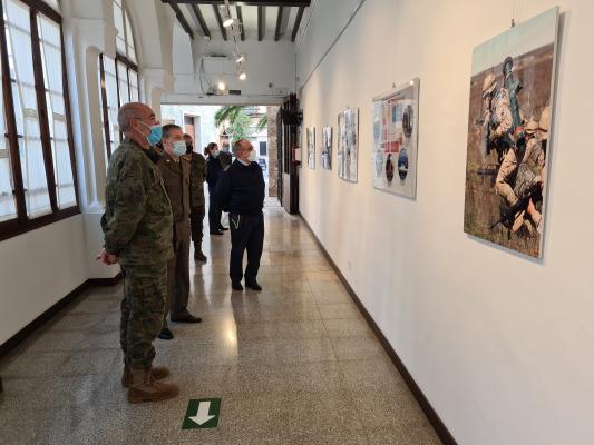 EXPOSICIÓN Y CURSO SOBRE LA DEFENSA NACIONAL
