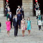 Sus Majestades los Reyes, acompañados de sus hijas, Sus Altezas Reales la Princesa de Asturias y la Infanta Doña Sofía presidieron la Ofrenda Nacional al Apóstol Santiago, Patrón de España